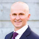 Headshot of Marcin Bednarczyk